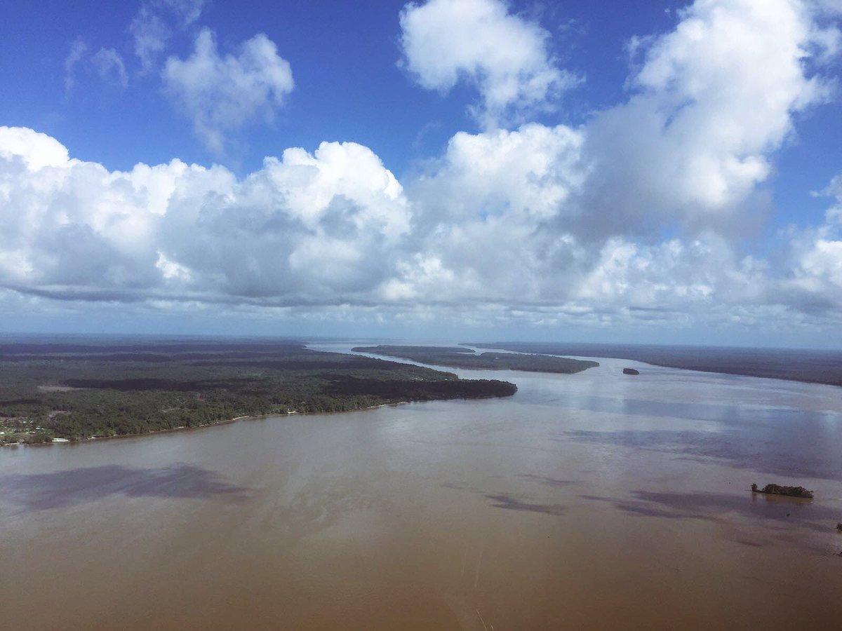 Direction Saint Laurent de Maroni #Guyane #Depaysement #Forêt <br>http://pic.twitter.com/halb9yS4nX