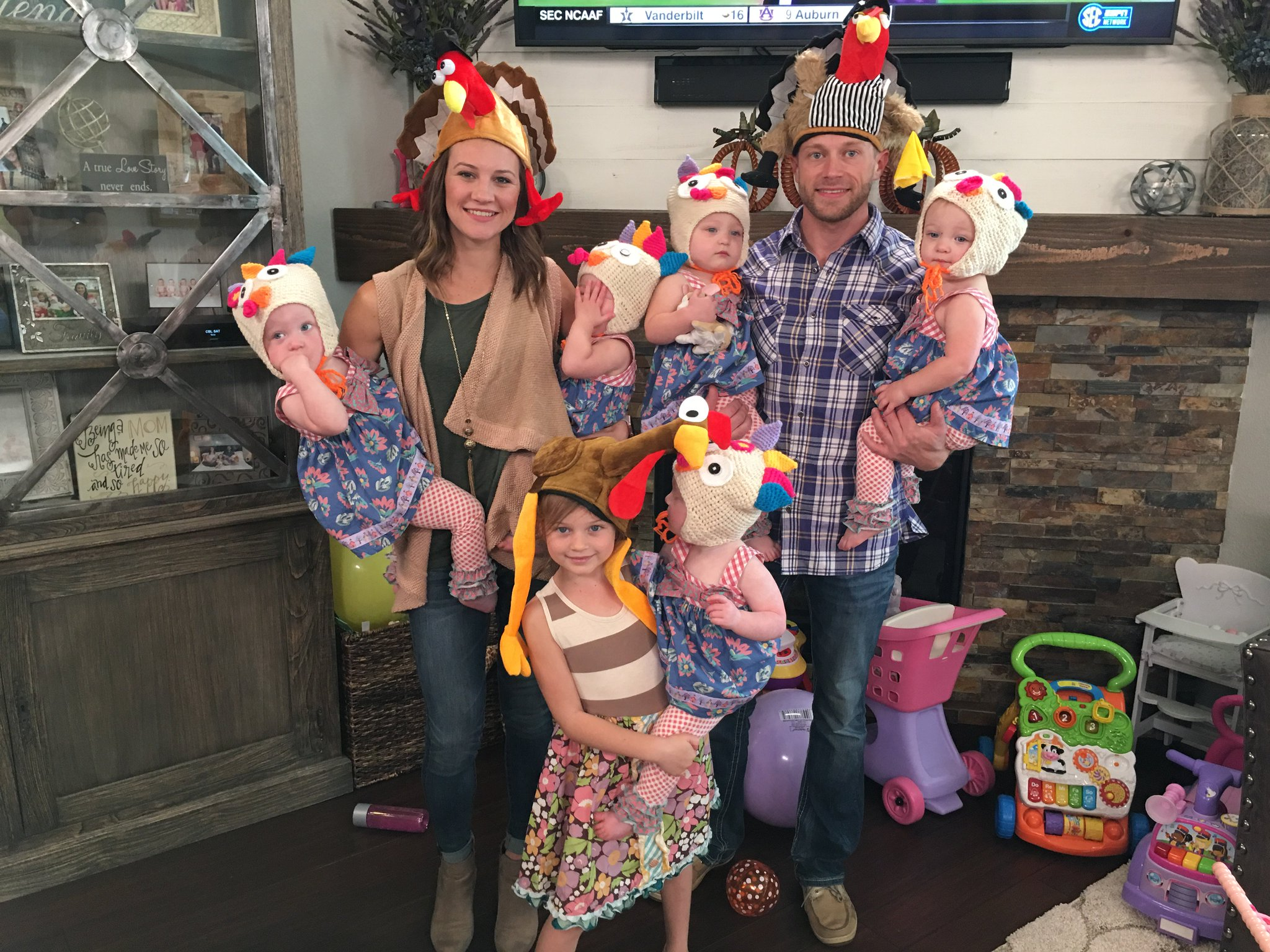 "TLC Network on Twitter "" BusbyThanksgiving OutDaughtered…"