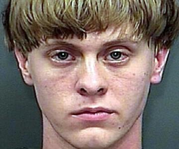 (La Nouvelle République):Etats-Unis: #Dylann #Roof condamné à mort pour 9 meurtres..  http://www. titrespresse.com/article/960217 1612/dylann-roof-etats-unis-condamne-meurtres-racistes &nbsp; … <br>http://pic.twitter.com/EIEOBKA474