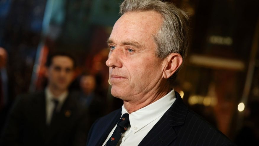 Trump meets with vaccine skeptic RFK Jr. to discuss safety proben
