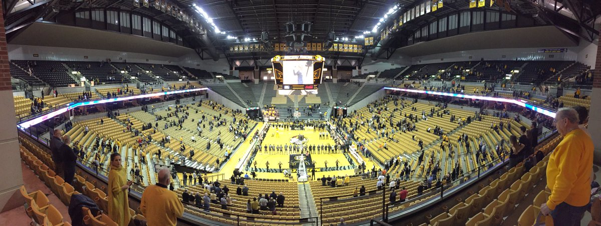 #Mizzou - Auburn anthem at Mizzou Arena https://t.co/QV8erTfVov