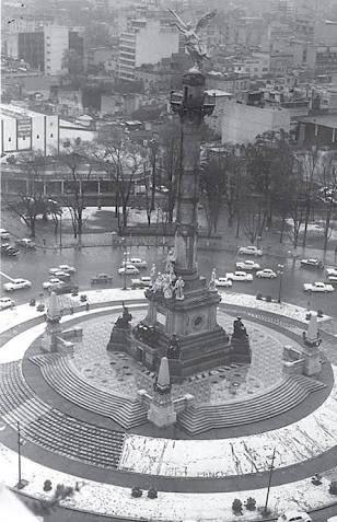Así es, hoy hace 49 años cayó por primera y única vez nieve en la CDMX...