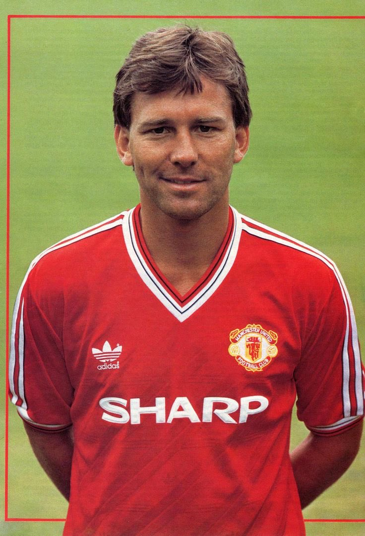 Happy Birthday to Bryan Robson, who turns 60 today.  England and United legend!