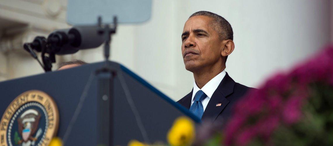VIDEO – #BarackObama en larmes pour son discours d'adieu, il rend hommage à son épouse Michelle  http:// fw.to/Qo4gvfK  &nbsp;  <br>http://pic.twitter.com/slifKCZnd9