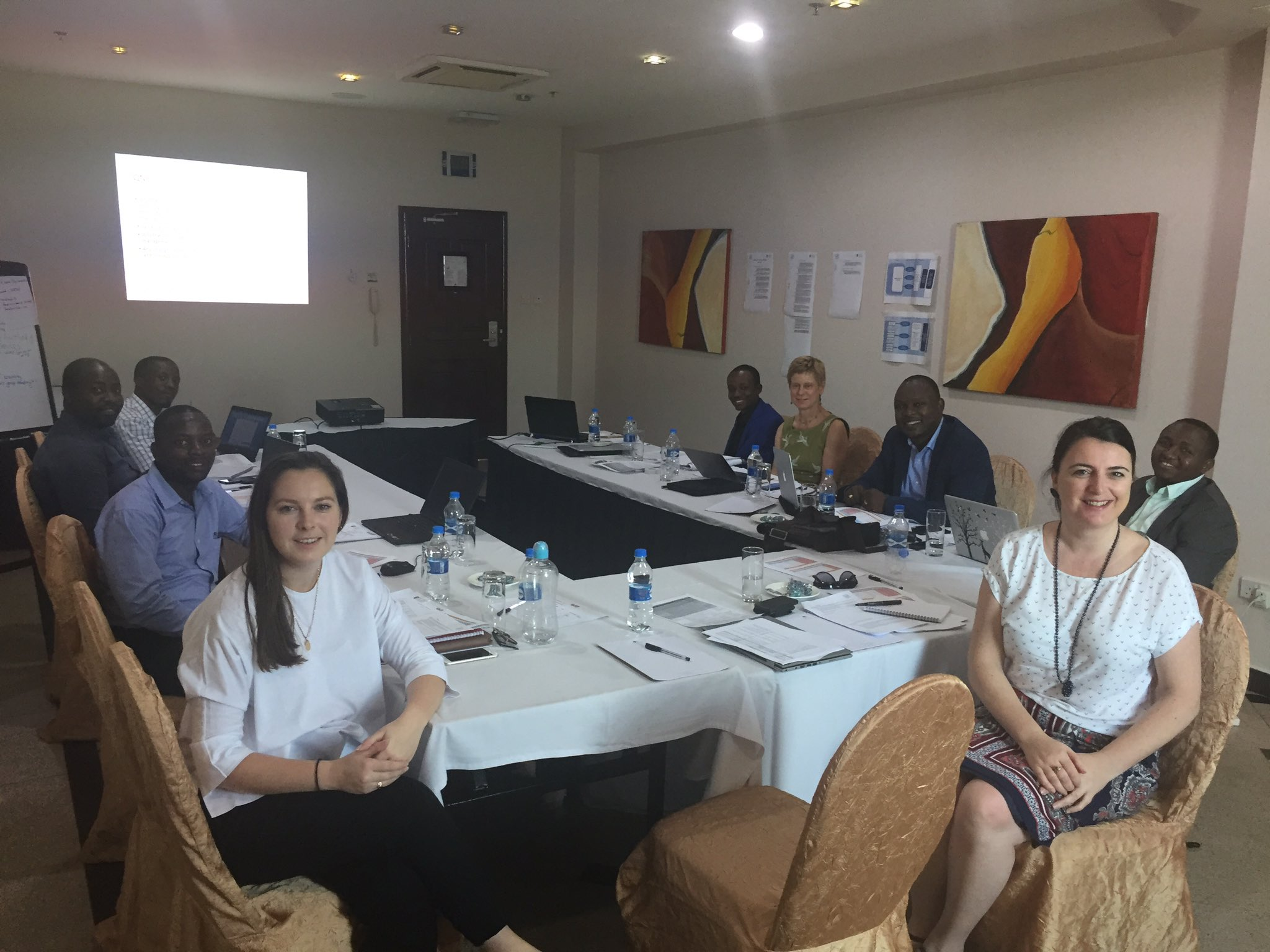 Tanzanian team conducting the Leading Safe Choices Mid-Term Review @RCObsGyn #familyplanning https://t.co/xKfAJjiGW0