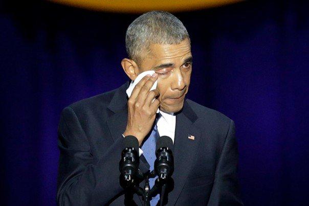 """(Les Inrocks):""""#Yes we did"""": #Barack Obama dit au revoir à l'Amérique dans un discours..  http://www. titrespresse.com/article/967952 1612/yes-we-did-barack-obama-amerique-revoir-discours-larmes-espoirs &nbsp; … <br>http://pic.twitter.com/7JxnOlI0ci"""