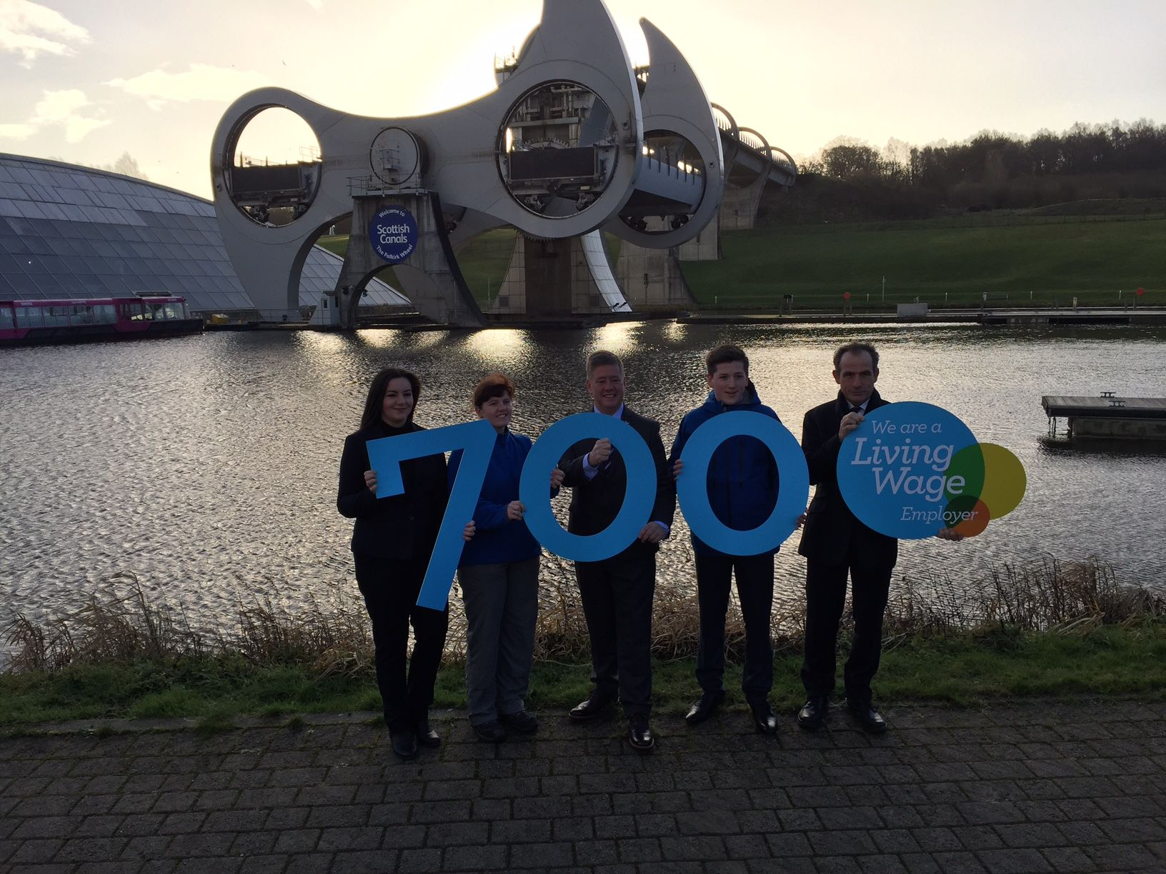 .@scottishcanals becomes 700th Scottish-based Living Wage accredited employer https://t.co/KE16VhF3Rj @KeithBrownSNP https://t.co/CEfK3zbhry