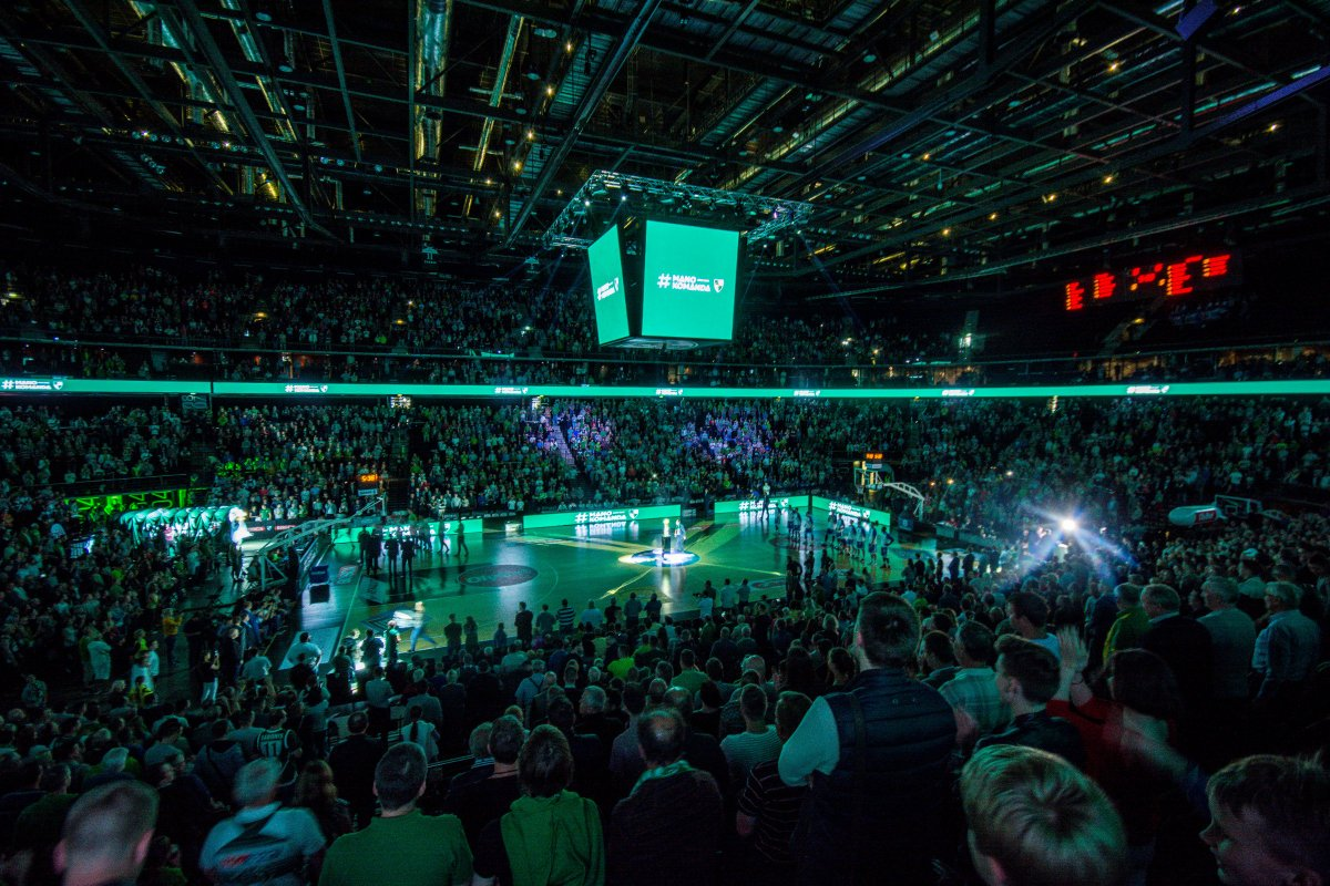 Our home @ZalgirioArena was voted as the best arena in the @EuroLeague once again! It is a pleasure to play here!!! http://bit.ly/2j4iHEv