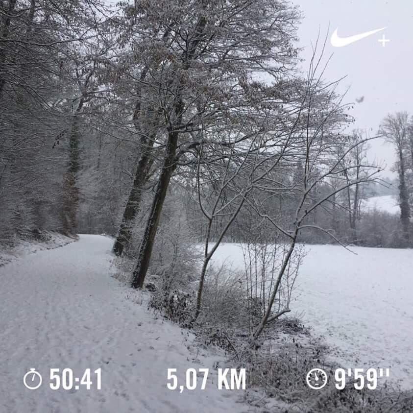 La #neige a tué mon #run ! Je me prépare pour #BlogueursDesNeiges !  #running #blog #blogger #lifestyle #julifestylejls<br>http://pic.twitter.com/a0bWDuCy7g