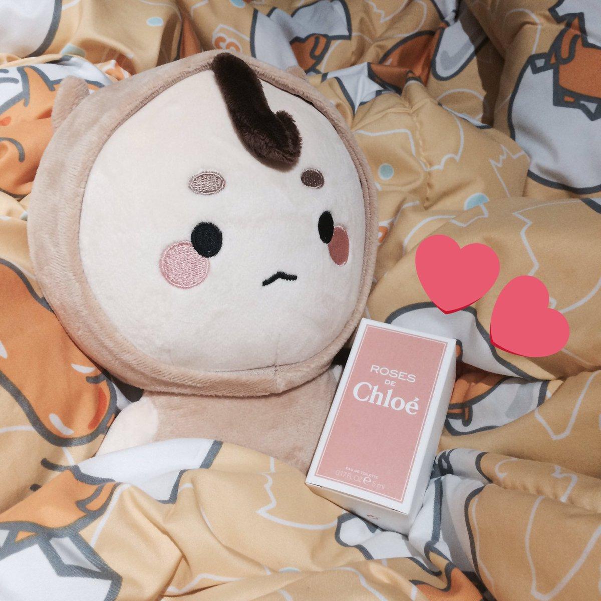 รีวนปายย แจกน้ำหอม Roses De Cholé  5 ml.  เนื่องในวันเกิดแฟนทั้งสองของเราเอง รักนะเซนและคยองซู  #happykyungsooday  #HappyBirthdayZayn<br>http://pic.twitter.com/WUhTqE4aYp