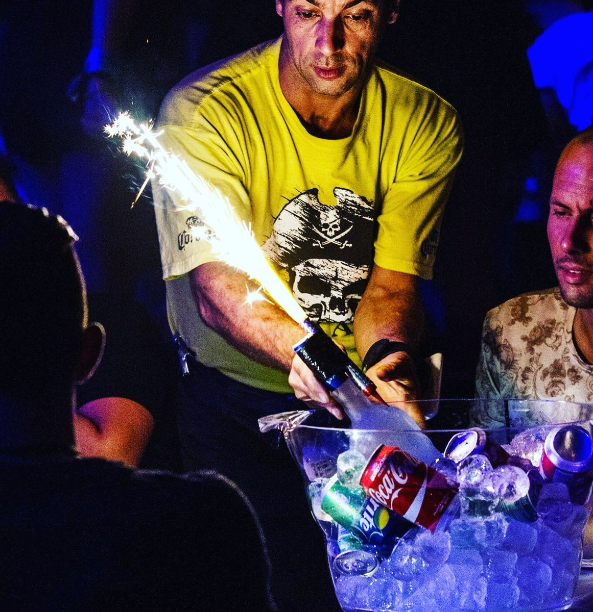 Celebrate in style at #Reloaded with Bottle Service! Pre-book online &amp; save 25% on theatre price! Standard - 75€ / VIP - 112.50€ #magaluf  <br>http://pic.twitter.com/5JTBFM5fGK