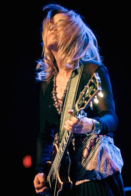 Happy Bday to The Bangles\ Vicki Peterson & thanks for singing on The Empty Hearts\ It\s Xmas Time !