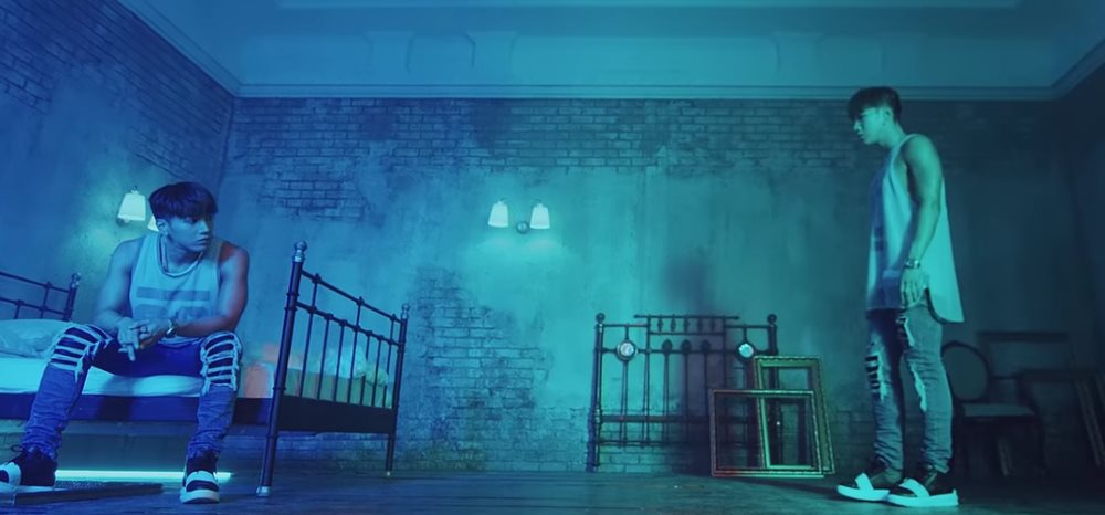 Jun.K sees double in \'No Shadow\' MV