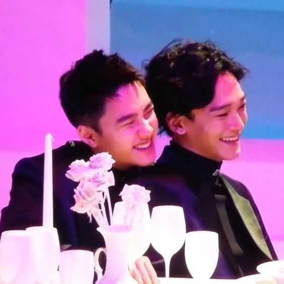 Happy Birthday to Jongdae&#39;s squishy cute penguin kyungsoo that he take care off and love so much #경수야생일축하해 #HappyDODay #HappyKyungsooDay <br>http://pic.twitter.com/POBbjHlhC0
