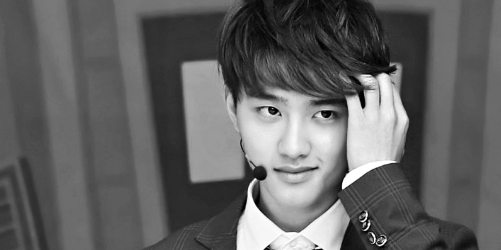 Fans celebrate #HappyKyungsooDay for EXO D.O's birthday! https://t.co/...