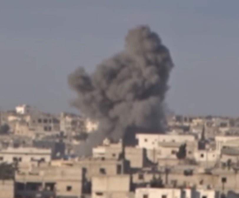 Heavy air strikes on towns in rural Aleppo today