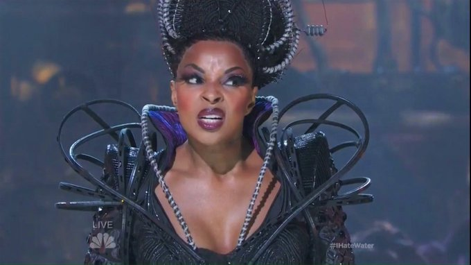 """Happy Birthday, Mary J. Blige! As Evilene, the bad-ass Wicked Witch of the West in \""""The Wiz-Live!\"""" (2015)"""