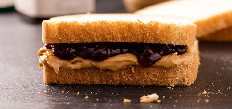 7 PB&Js you need to make right now to go along with your #national...