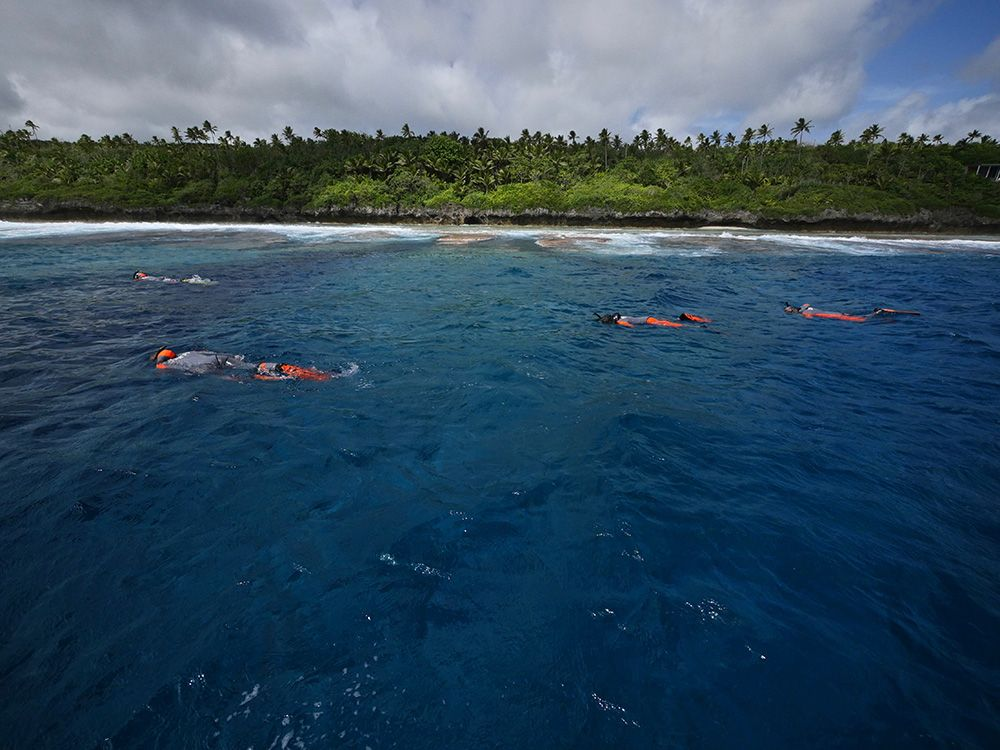 Un bilan des sites étudiés entre Tahiti et Wallis #TaraPacific  http:// bit.ly/2j7SuF1  &nbsp;   #CNRSleJournal c/ @TaraExpeditions<br>http://pic.twitter.com/UA82EdwJz1