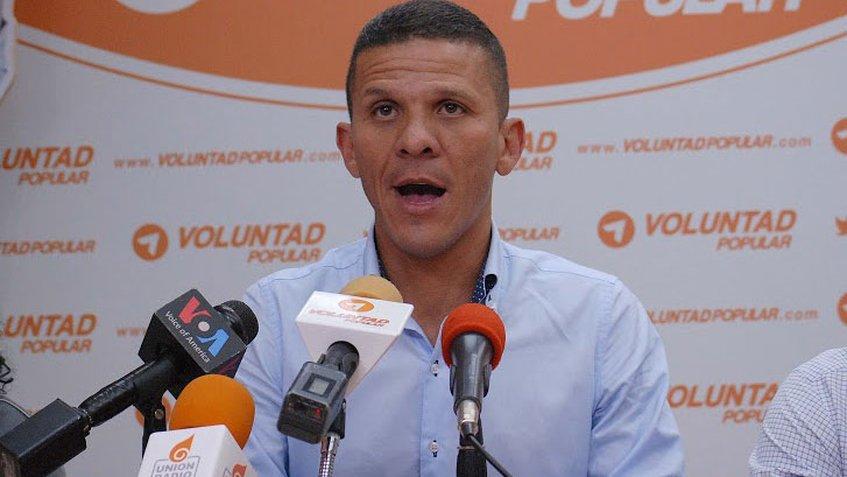 #11Ene Detenido diputado @gilbercaro en sede del #Sebin en #Naguanagua...