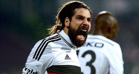 180 matchs, 32 buts, 35 passes décisives ! ADAM  #OlcayŞahan <br>http://pic.twitter.com/DeLgqjMiXc