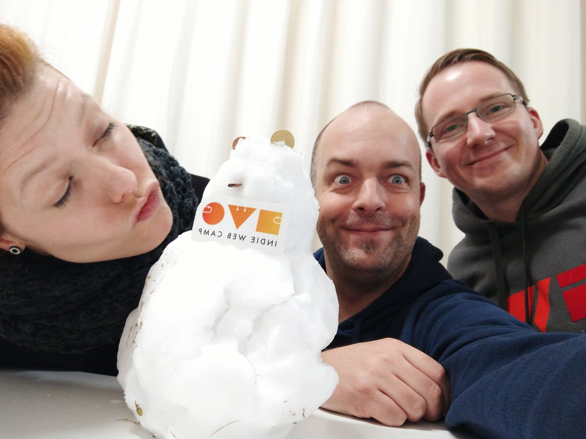 Photo of Homebrew Website Club Nürnberg with Jules, ⛄️, Joschi, and Bjoern