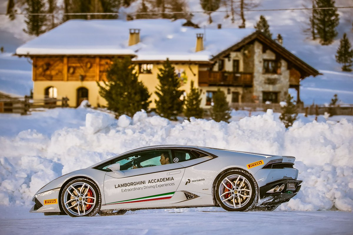 Join the 12 hours of @Livigno, an all-day driving experience on snow and ice >