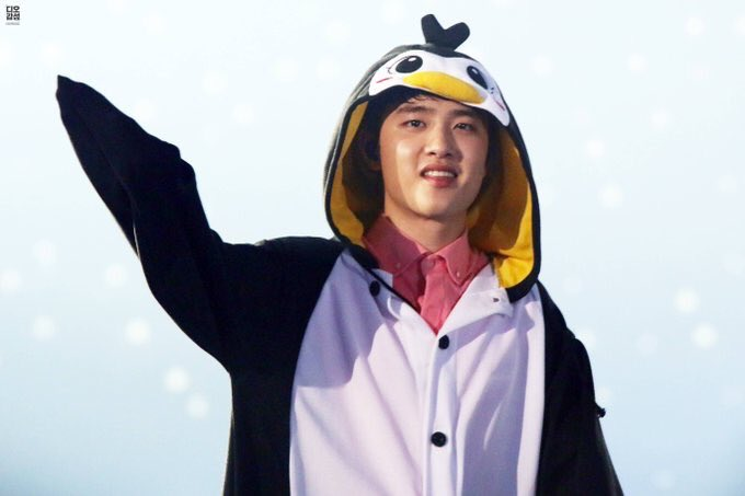 My babe penguin growing up  stay health and film some good movie again this year  #HappyDyoDay #HappyKyungsooday<br>http://pic.twitter.com/J1bjgHhrE1