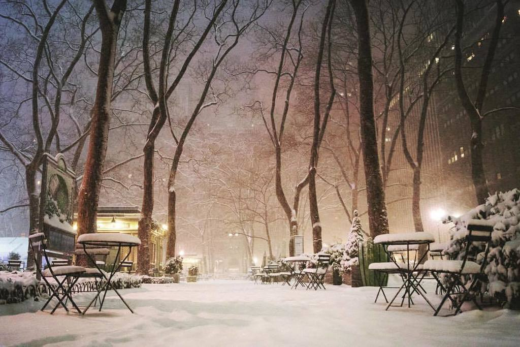 RT @nycfeelings Bryant Park #NewYorkCity by Vivienne Gucwa @travelinglens  http:// gonyc.co/2j7QzQO  &nbsp;  <br>http://pic.twitter.com/rfLQXAEGPa