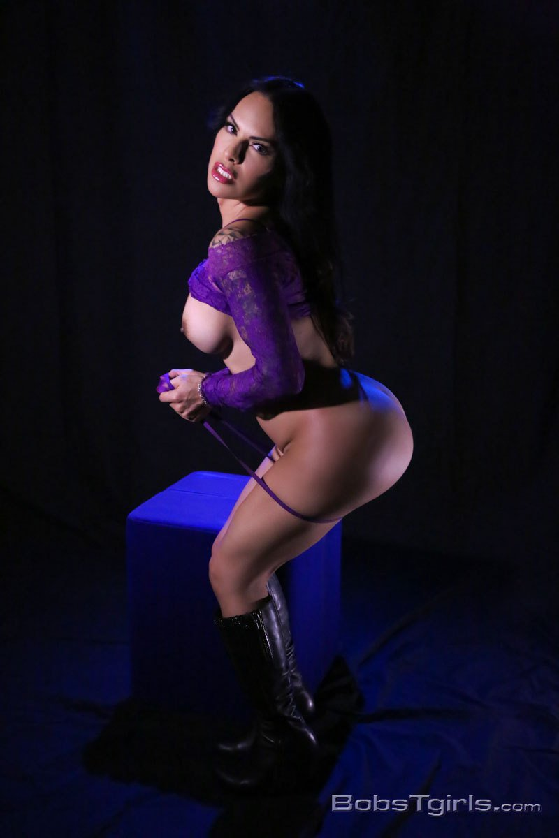 Fan Vote Galaxypublicity Com Galaxy Ts Foxxy Signing At Avn Expo Nominated For Several Awards Including Fan Vote Pic Twitter Com Ec5fiqbehz