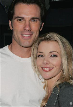 Should @AustinRed5&#39;s Austin &amp; @Christie__Clark&#39;s Carrie Move Back to Salem Permanently? Read Here--&gt; http:// soapoperanews.weebly.com/blog/days-of-o ur-lives-should-carrie-austin-move-back-to-salem-permanently &nbsp; …  #Carrie #Austin<br>http://pic.twitter.com/5kVgm2TNc9