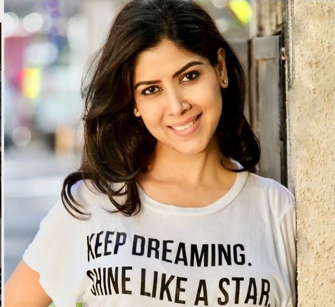 Happy Birthday Sakshi Tanwar    sorry I couldn\t take part in edits this year! I love you di