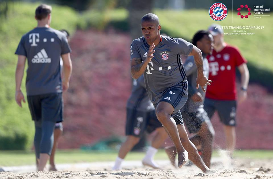 Check out our favorite photos from #FCBayern's winter camp in Doha!  📸...