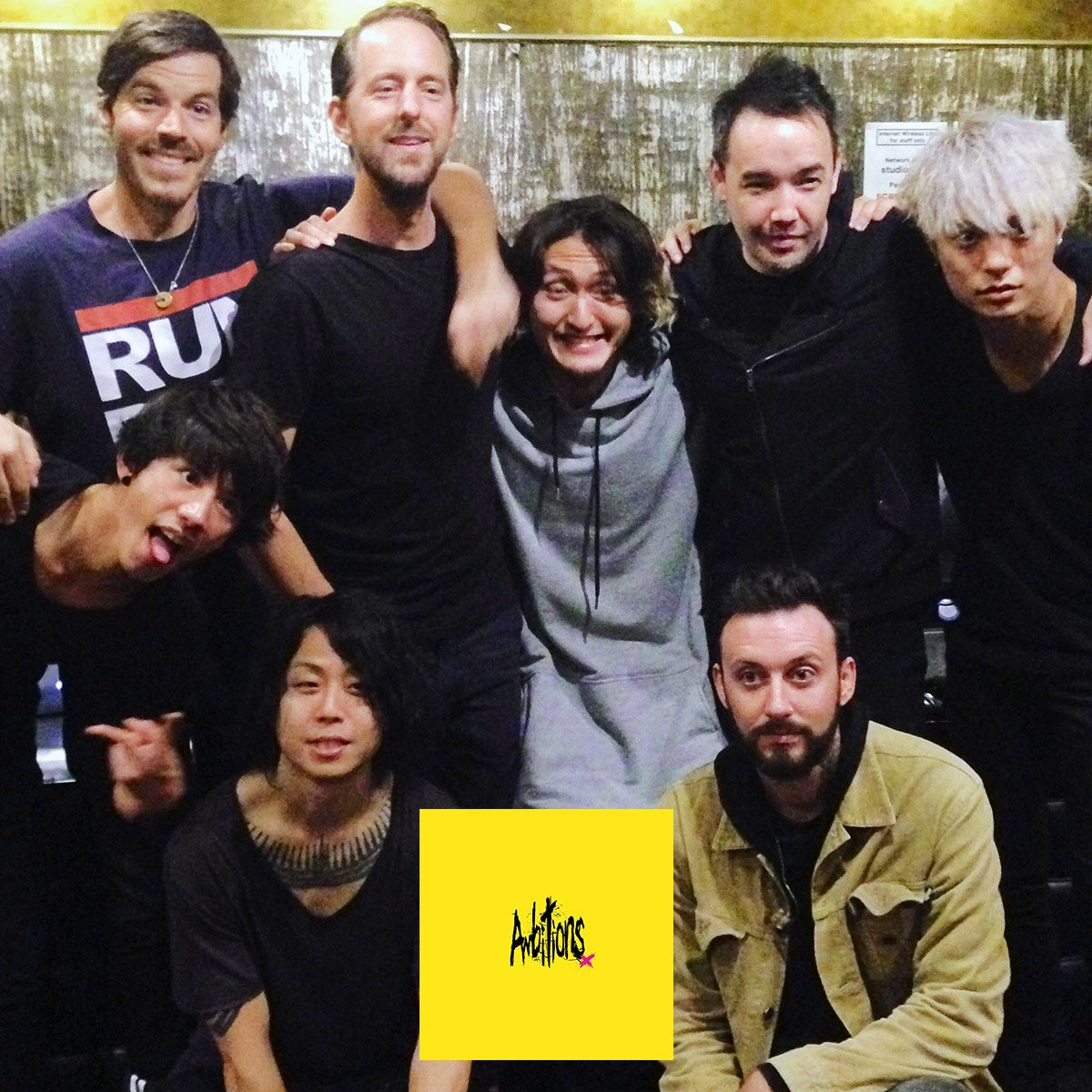 Our friends @ONEOKROCK_japan will be releasing their new album #Ambitions on 1/13! https://t.co/9IZEXMcM3Q https://t.co/oOvJOsgdOy