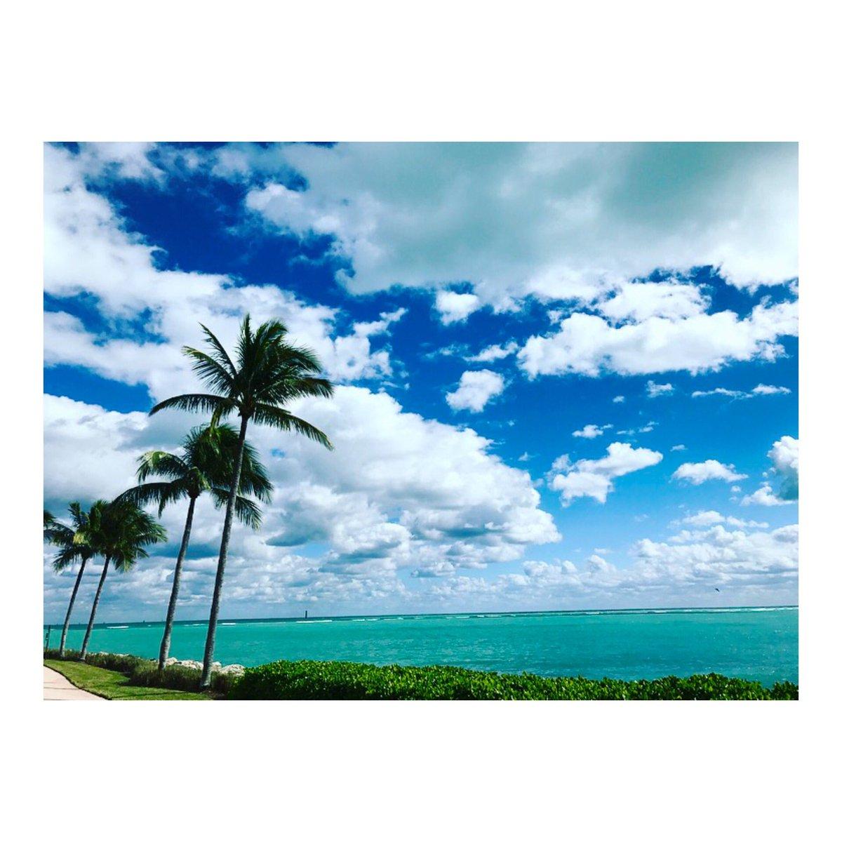 Karolina Kurkova  - Beautiful Mi twitter @karolinakurkova winter,miami,skyline,florida,beauty