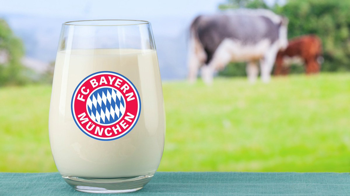 From everyone at #FCBayern, Happy #NationalMilkDay! 🍼  #MiaSanCalcium...