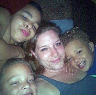 Mother of 3 shot dead after answering knock at door in LA