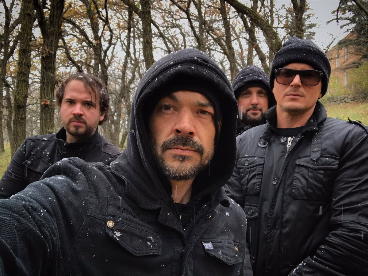 Don't miss the new episode of #ghostadventures to night. What a great way to end the year