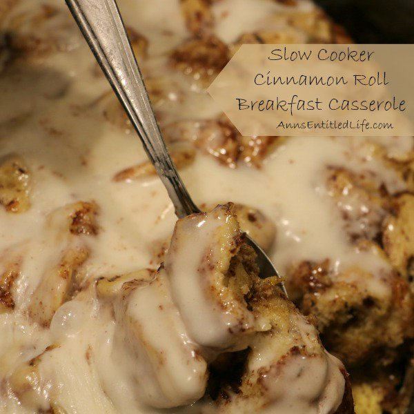 Slow Cooker Cinnamon Roll Breakfast Casserole