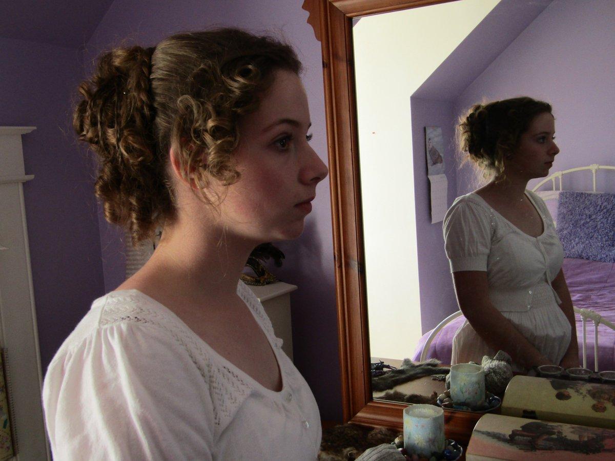 Tremendous Hannah Long Ar Twitter Sister Showed Her Bf Pride Prejudice Natural Hairstyles Runnerswayorg
