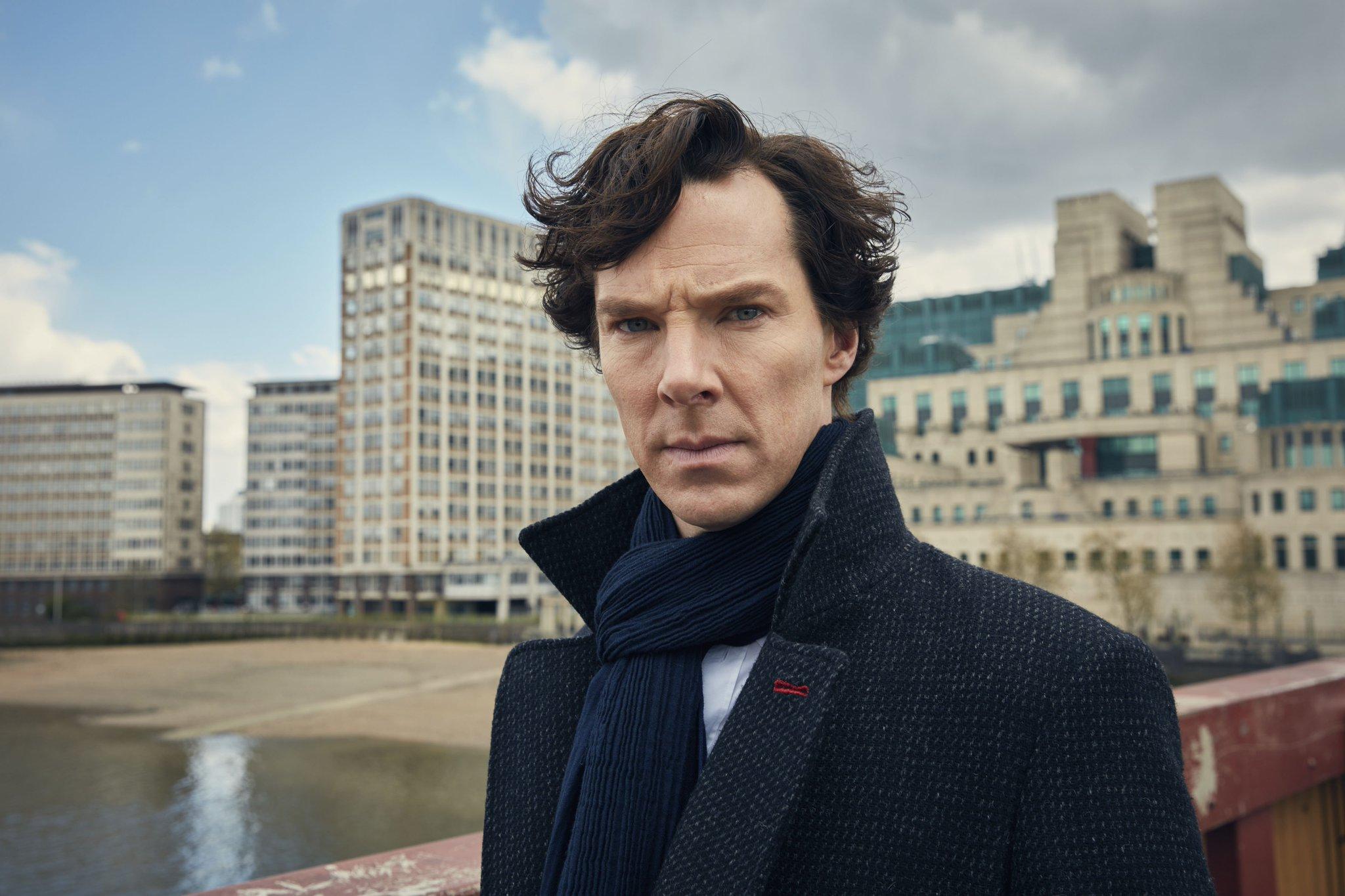 UK: 30 MINUTE ALERT! #Sherlock S4E1 The Six Thatchers airs on @BBCOne in a mere 30 minutes at 20:30GMT! @Sherlock221B #221BringIt https://t.co/gOLF9dY0NN
