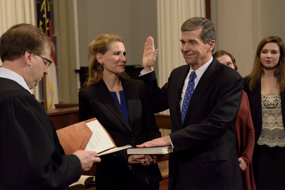 Governor Roy Cooper​ is ✨officially✨ the 75th Governor of North Carolina -- Happy New Year! https://t.co/8DOq10L65R