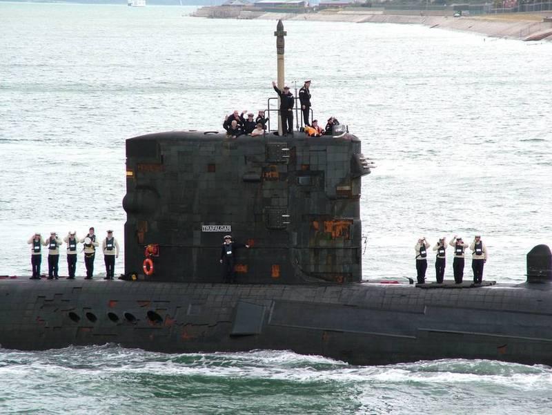 Project 971: Akula class - Page 7 C1F5L-PWEAAVXYw