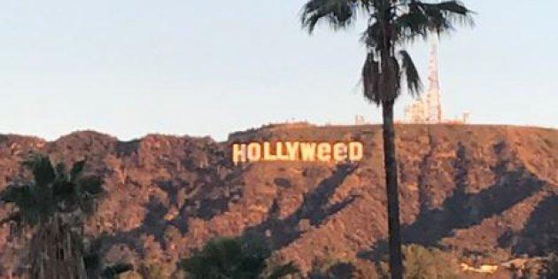 """Le panneau """"Hollywood"""", qui surplombe Los Angeles, vandalisé la nuit dernière. Il affiche maintenant """"Hollyweed"""" /médias"""