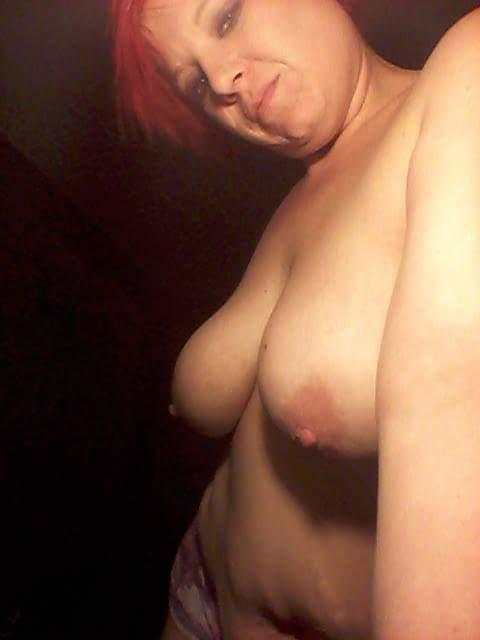 Nude Selfie 10035