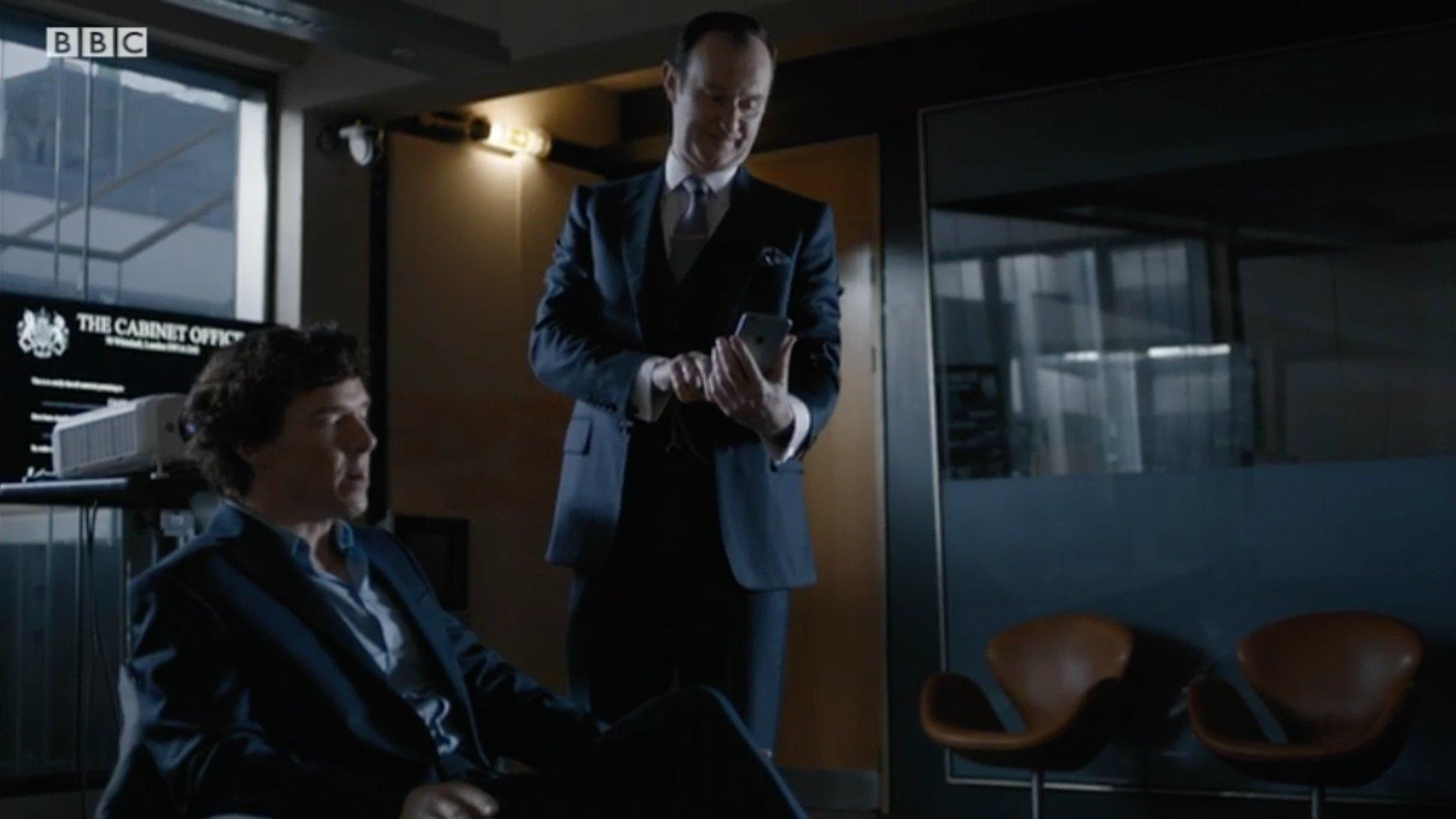 """Are you tweeting??""  #Sherlock https://t.co/wGkmVD34Pg"