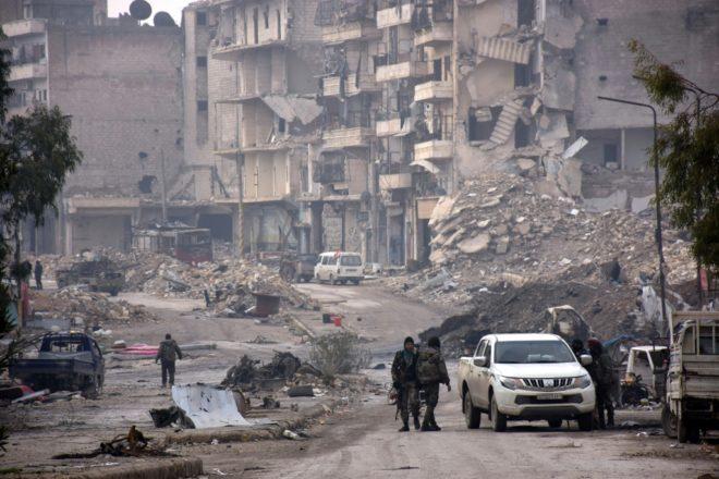 #syrie : LES COMBATS PERSISTENT ET MENACENT LA #TRÊVE  http:// quotidien-libre.fr/syrie-combats- treve/ &nbsp; … <br>http://pic.twitter.com/9Wb9pLhwLW