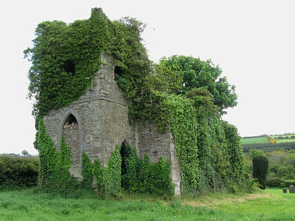 Jan 2 Feast of Scothíne of Slíab Mairge (esp near Freynestown #Kilkenny); walked across the sea to visit David in #Wales [via Kevin Higgins] https://t.co/MM3ZizzUOj