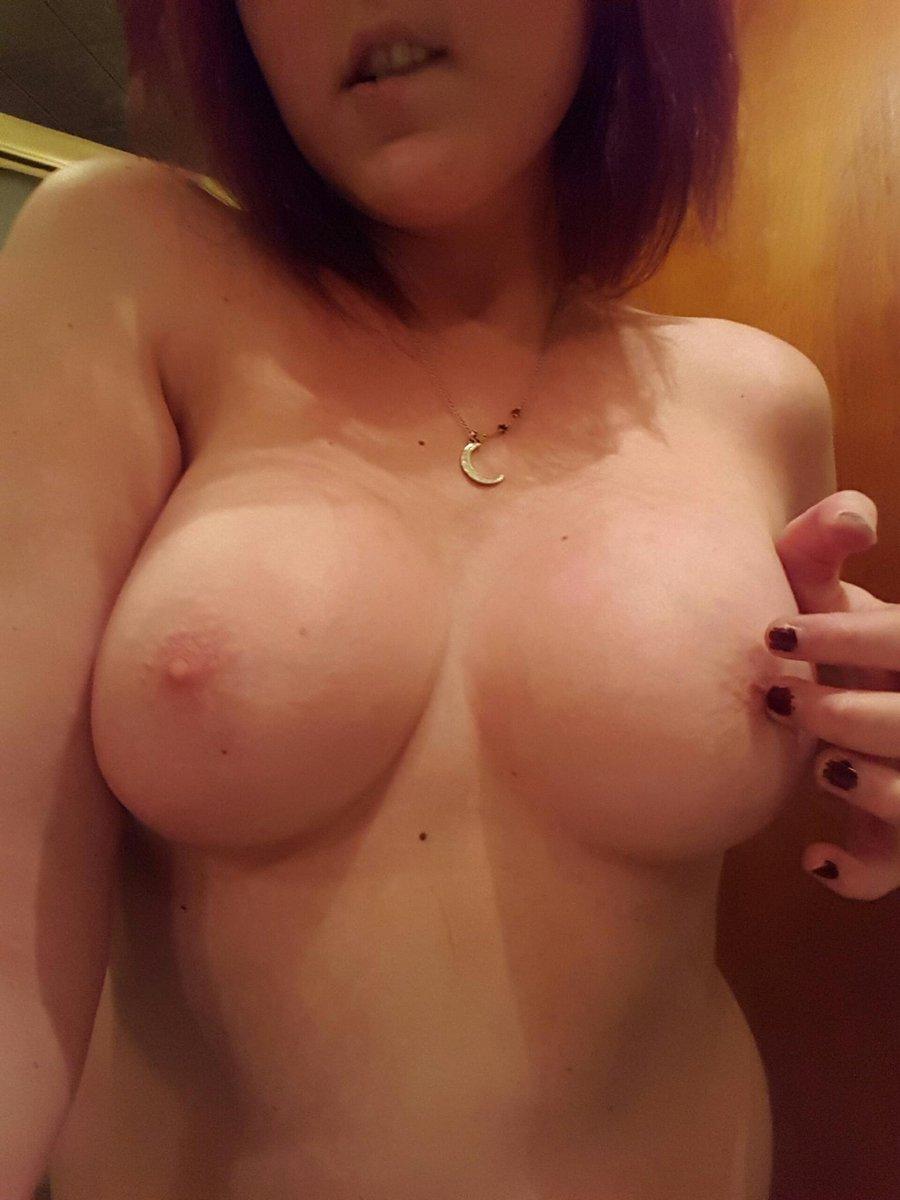 Nude Selfie 10076