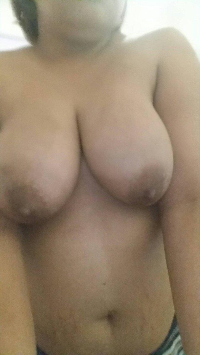 Nude Selfie 10102